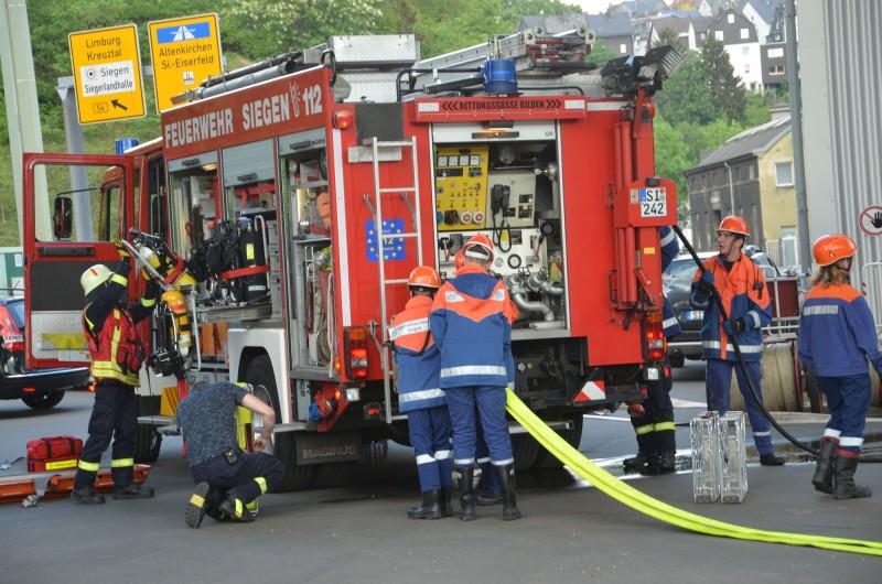 2018-05-14 - Siegen - Kreisbahn SiWi - Einsatzübung_JFW 143